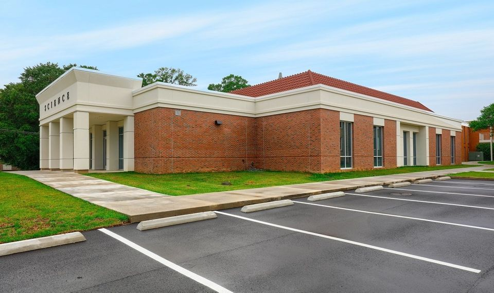 1pearl-river-community-college-decra-metal-roofing-roofscreen-3-960w