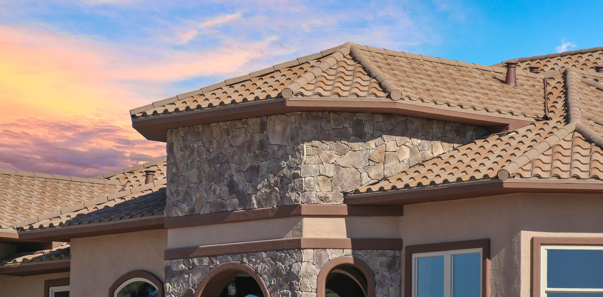 Stone-Coated Steel: The Best Roofing Material for Desert Homes