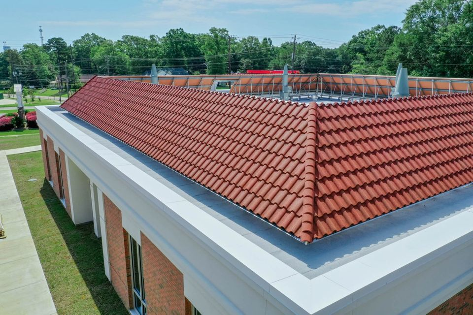 RoofScreen Selects DECRA Metal Roofing to Meet Wind Pressure Design Challenges