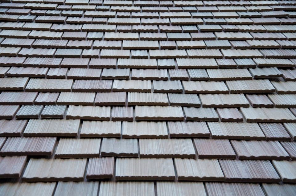 Metal Roofing vs. Synthetic Roofing