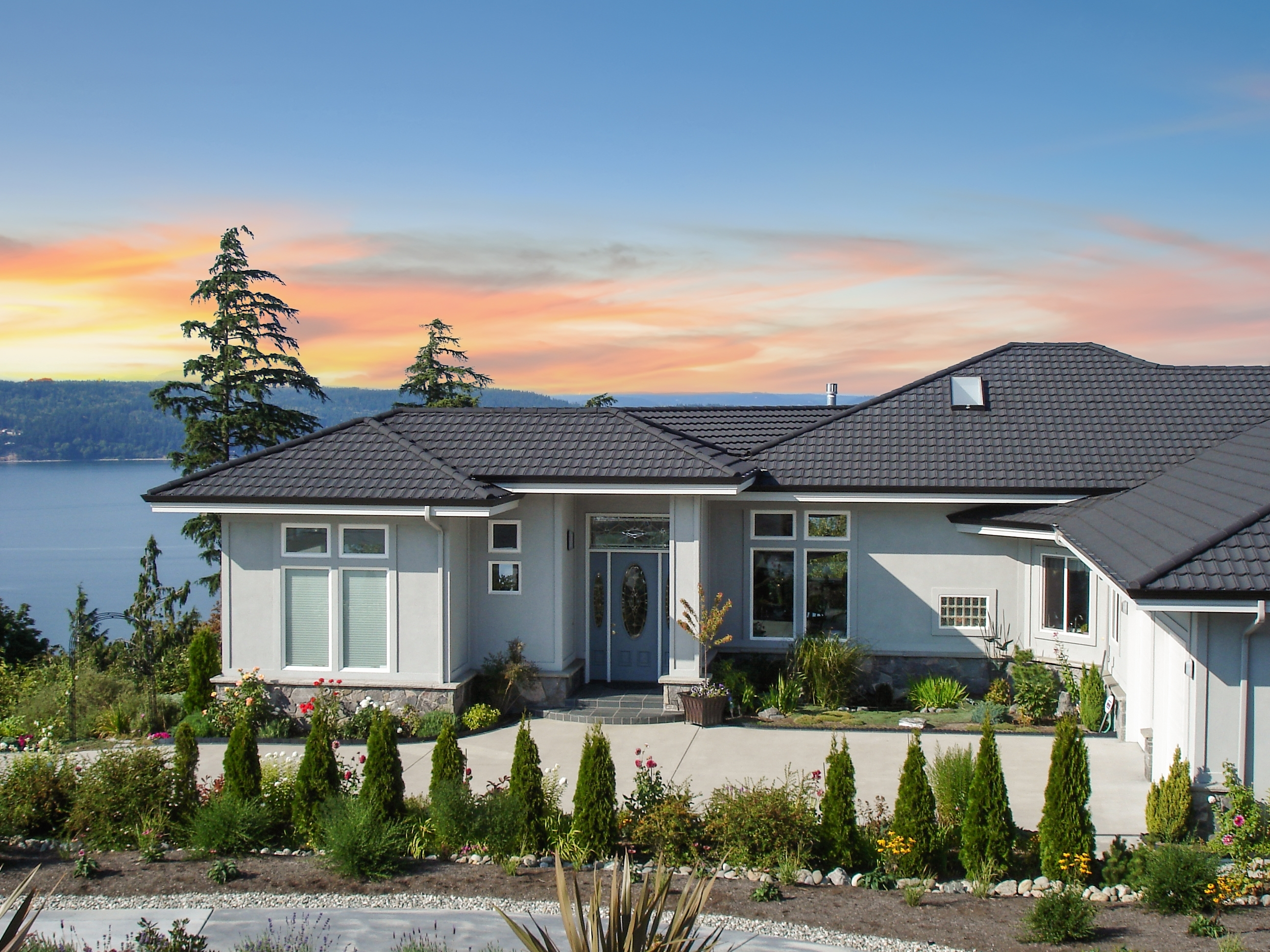Best Roofing Material for Coastal and Beach City Homes